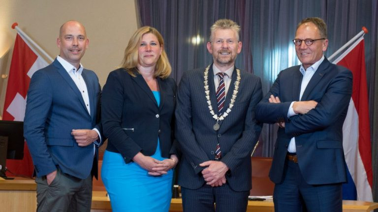 Aftreden wethouders gemeente Buren