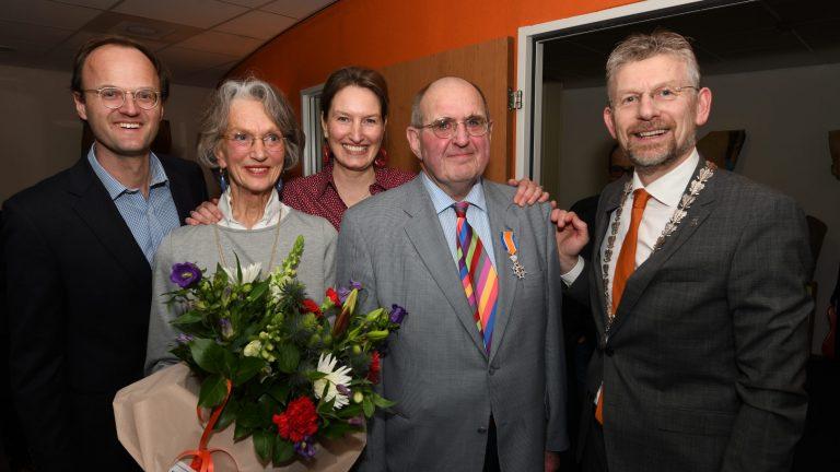 Koninklijke onderscheiding voor dr. Piet de Bruijn uit Zoelen